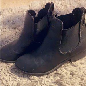 Cute black booties!